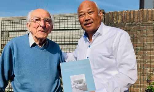 Overdracht archief A.M. Douwes 2019